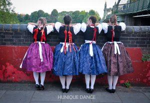 táncos